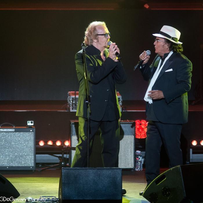 Umberto Tozzi con Al Bano all'Arena di Verona