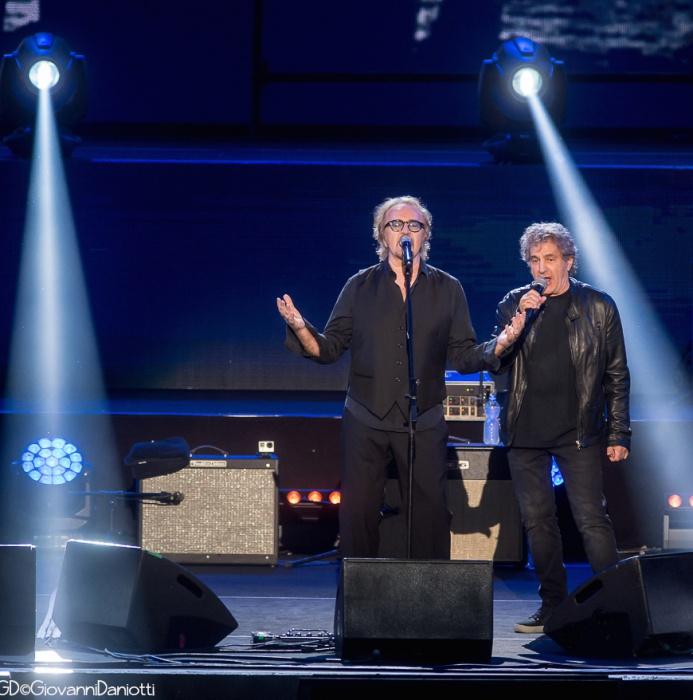 Umberto Tozzi con Fausto Leali all'Arena di Verona