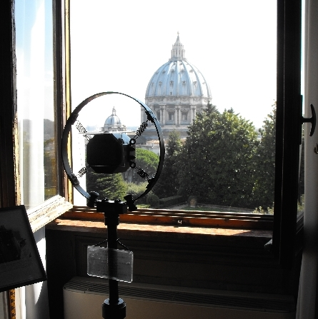 RTL 102.5 in diretta dal Museo Radio Vaticana