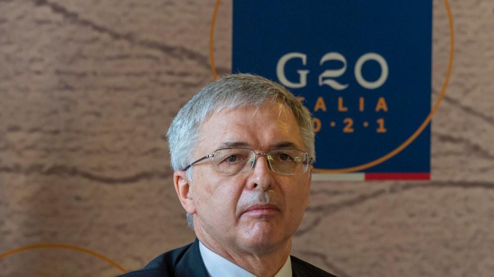 Covid, il governo prepara il nuovo Decreto Sostegni, dentro la Tari ridotta, la plastic tax rinviata e il canone Rai sospeso