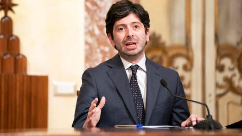 Covid, l'asse Lega-Fi-Iv vuole accelerare su riaperture e coprifuoco, il ministro Speranza fa muro