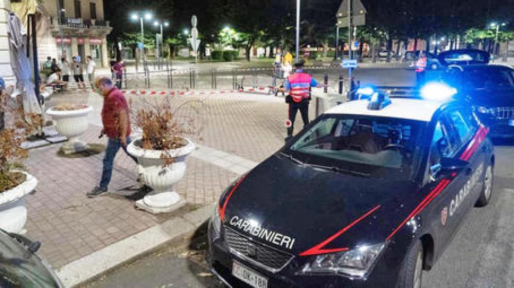 Massimo Adriatici resta agli arresti domiciliari. L'accusa è eccesso di legittima difesa