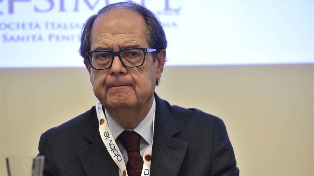 """Aldo Morrone, direttore San Gallicano su RTL 102.5: """"Aumentare il numero di tamponi, non solo di vaccini"""""""