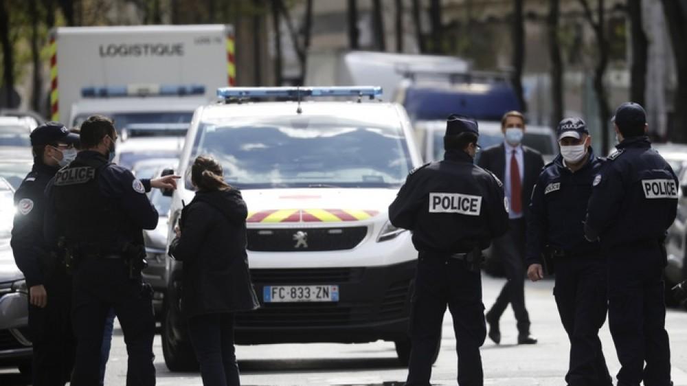 Arrestati in Francia sette ex terroristi rossi, in manette anche Pietrostefani, ora estradati in Italia