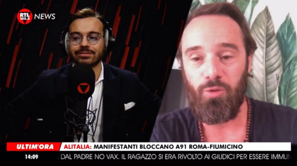 """""""Sono stato vittima di bullismo e adesso lo combatto"""": Ludovico Fremont ospite su RTL102.5 News"""