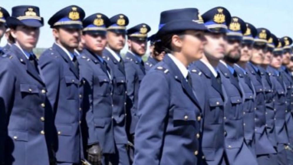 L'aeronautica militare compie 98 anni; Mattarella, prezioso contributo per la pace