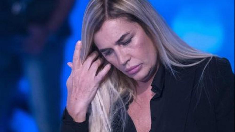 """""""Un reality è stato terapeutico"""": Lory Del Santo svela come ha superato i momenti più difficili"""