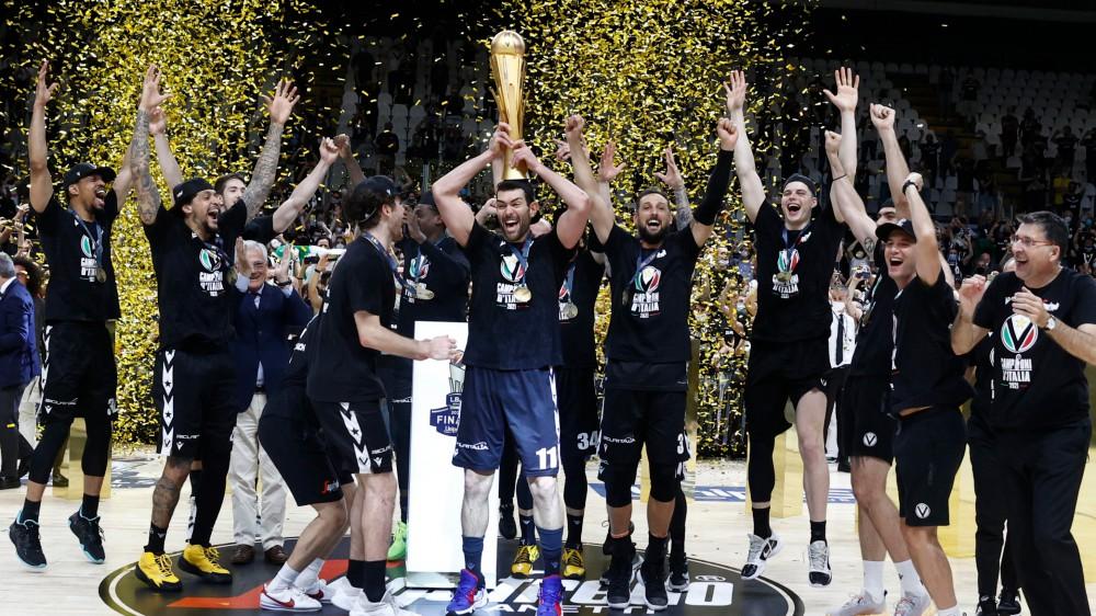 Basket, la Virtus Bologna torna campione d'Italia dopo vent'anni, superata l'Olimpia Milano in gara 4