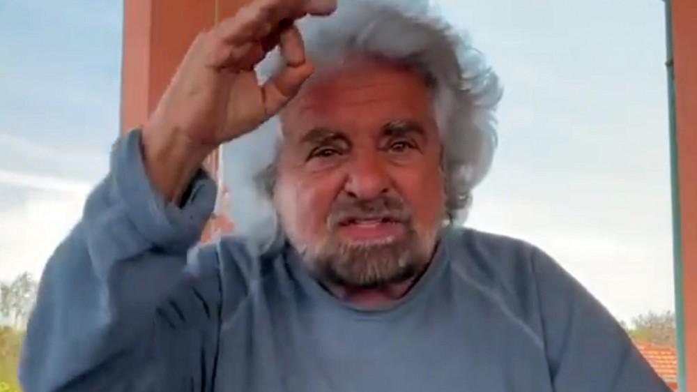 Beppe Grillo, mio figlio non ha fatto niente, arrestate me, lo dice in un video su Facebook il garante del M5S