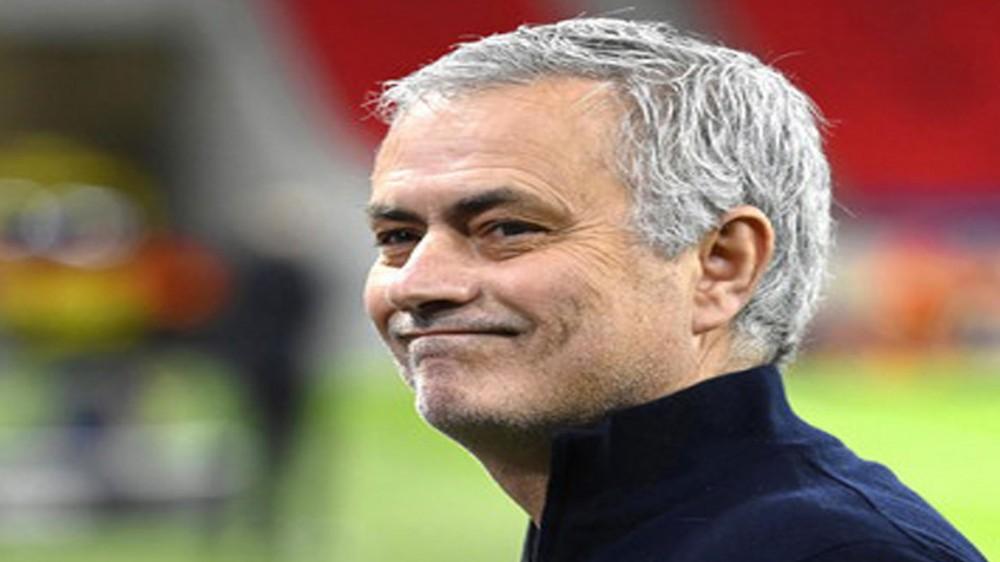 Bomba di mercato, Josè Mourinho sarà il prossimo allenatore della Roma, contratto fino al 2024