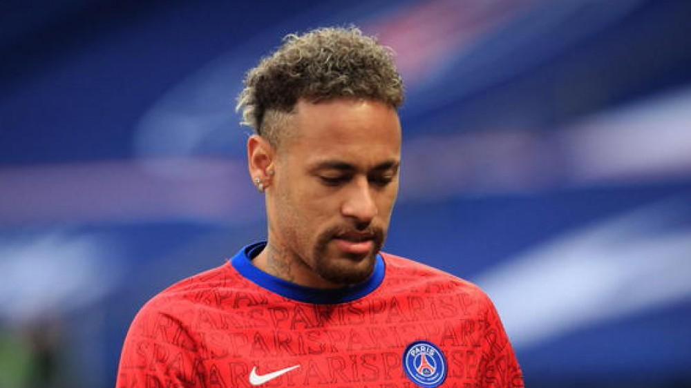 La Nike cancellò il contratto con Neymar per le accuse di molestie sessuale di una dipendente al calciatore