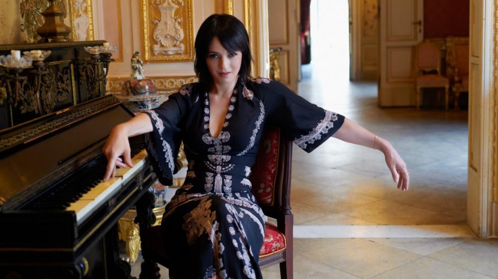 """Carmen Consoli, da piccola sognavo di fare la rockstar. Il disco """"Volevo fare la rockstar"""" è già al secondo posto degli album più venduti"""