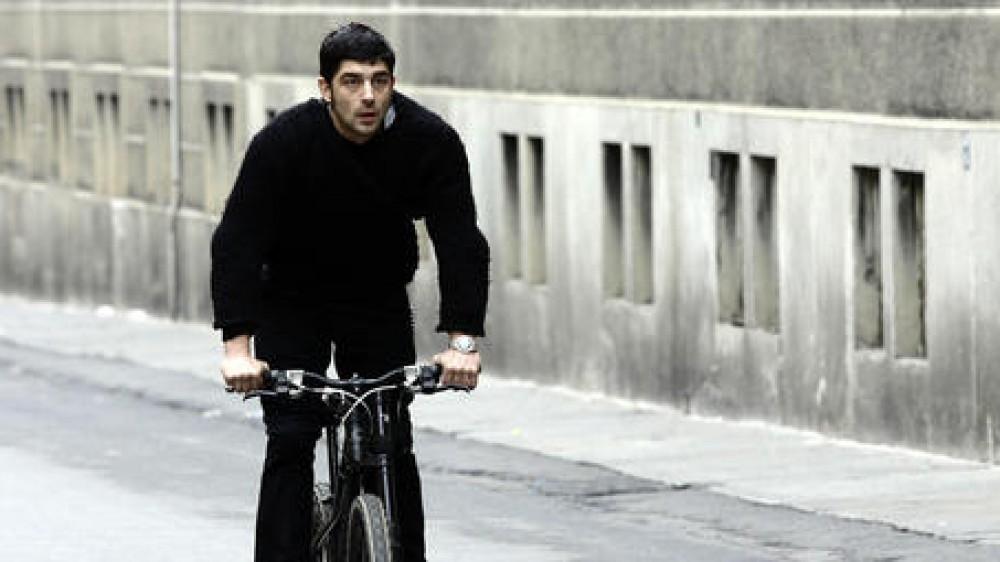 Caso De Rienzo , oggi l'autopsia e gli esami tossicologici, chiariranno gli aspetti oscuri della morte dell'attore