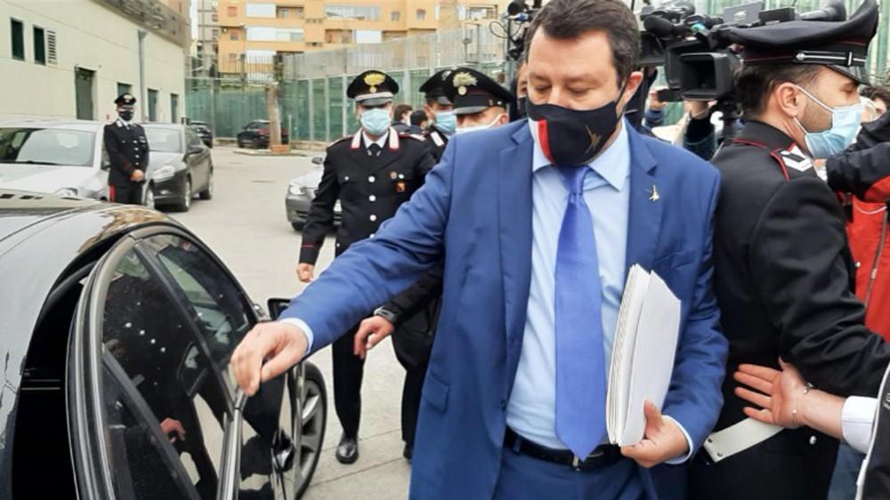 Caso Open Arms, Matteo Salvini rinviato a giudizio; è accusato di sequestro di persona e rifiuto di atti d'ufficio