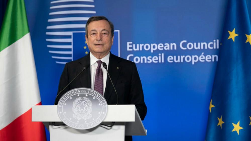 """Covid, Draghi insiste sui vaccini: """"La campagna deve procedere spedita, sia in Italia che nel mondo"""""""