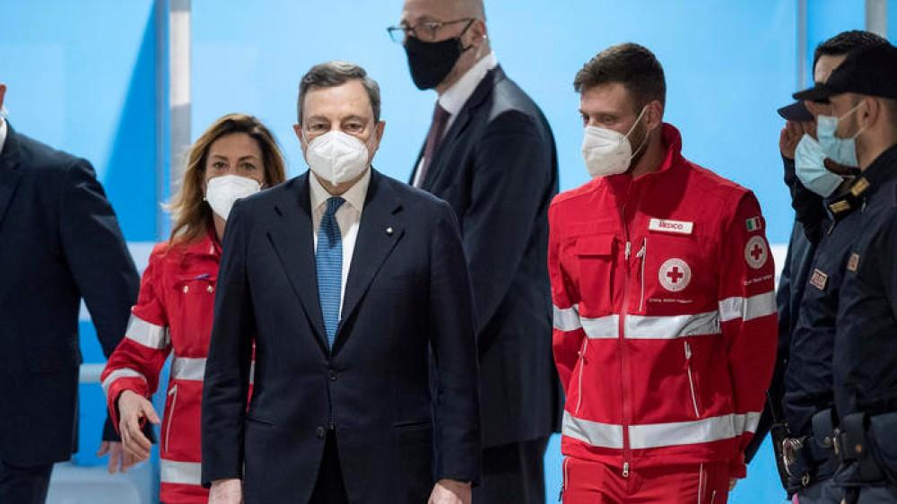 Covid, il commissario Figliuolo corregge la previsione di Draghi,  domani Cdm e nuovo decreto