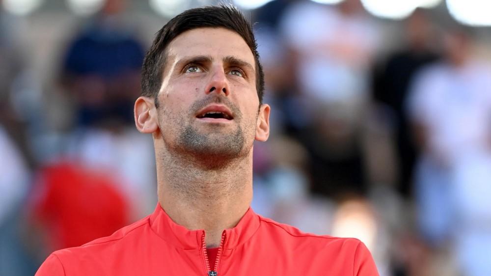 Djokovic trionfa al torneo parigino del Roland Garros, battuto in cinque set  il greco Tsitsipas