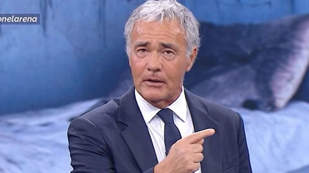 Domani sera partirà la nuova edizione del Maurizio Costanzo Show su Canale 5, scambio di battute tra Raggi e Giletti