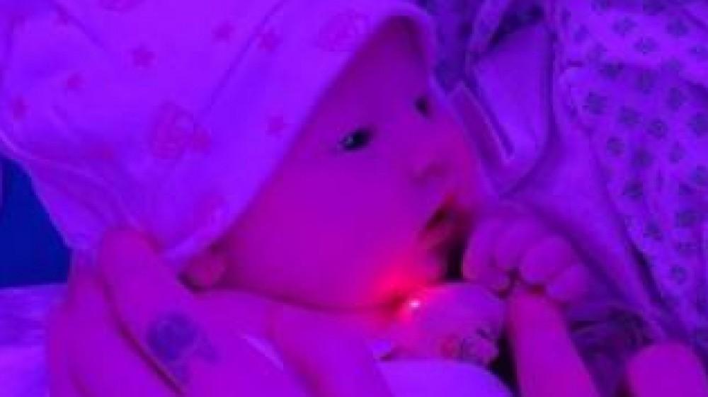 Nata la figlia di Chiara Ferragni e Fedez, si chiama Vittoria, l'annuncio su Instagram con una foto