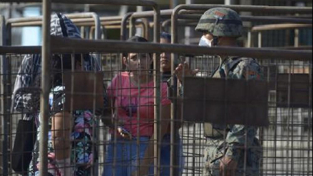 Ecuador: scontri tra bande in carcere, 30 morti