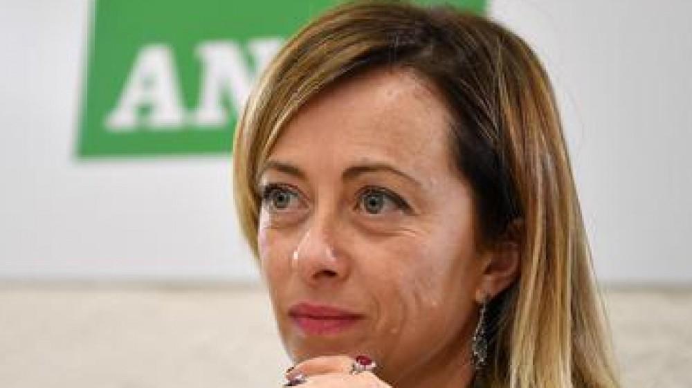 Elezioni, la campagna elettorale si chiude con la bufera su Giorgia Meloni: la presunta lobby 'nera' e Fdi