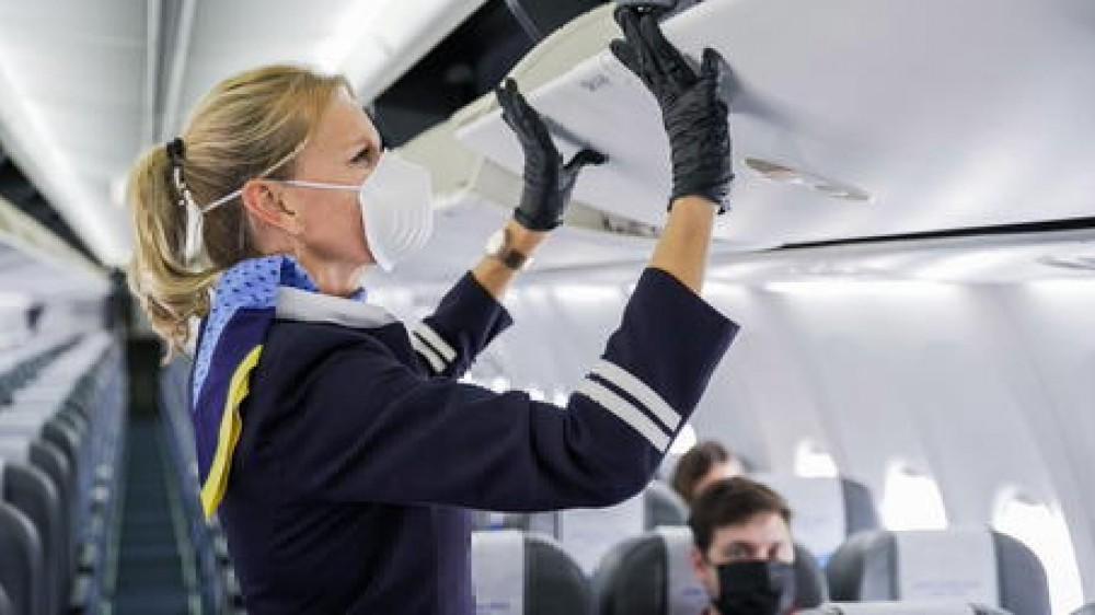 Estate 2021 ai blocchi di partenza, le nuove raccomandazioni dell'Ecdc per i viaggi in aereo. Liguria e Sardegna zone verdi Ue