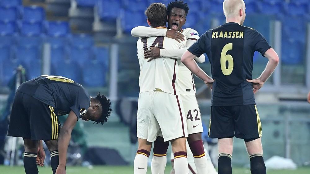 Europa League, la Roma festeggia l'ingresso in semifinale, pareggia 1-1 con l'Ajax, dopo essere stata in svantaggio