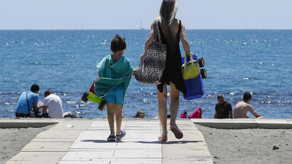 Federalberghi, italiani pronti per le vacanze, il 75% al mare, bilancio incerto per le città d'arte