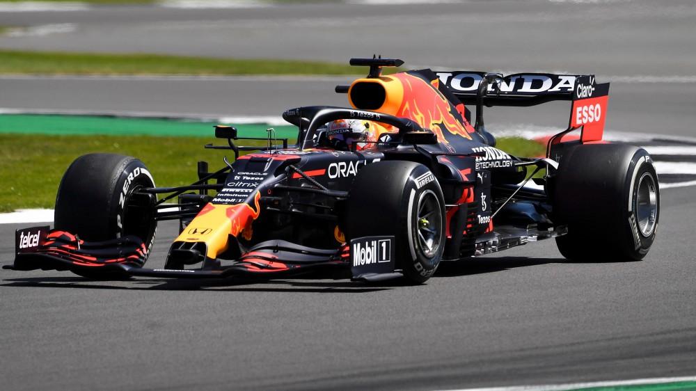 Formula 1, il debutto della Sprint Race. Pole position per Max Verstappen nel gran premio d'Inghilterra