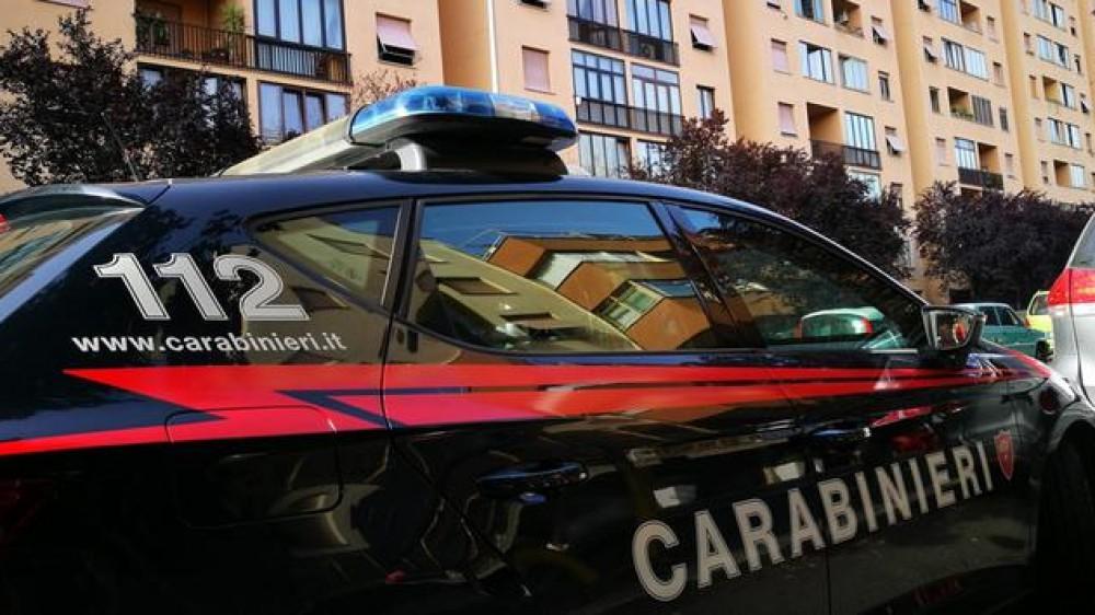 Genova, morta per melanoma un anno dopo intervento a un neo, arrestati medico e presidente di un centro olistico