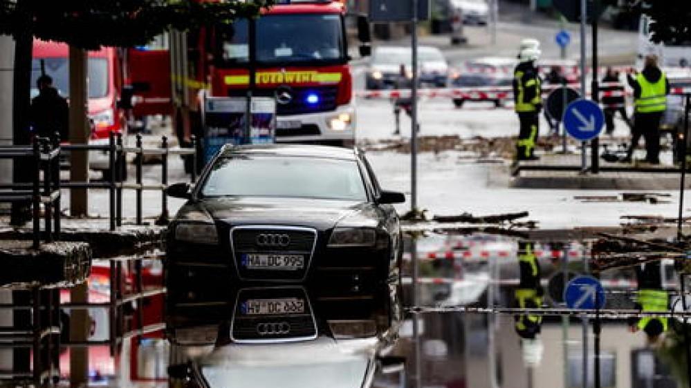 Germania, morti e dispersi per il maltempo. I fiumi in piena spazzano via le case. Vittime anche in Belgio