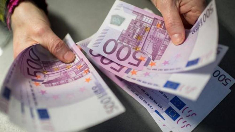 Gioia Tauro, due pensionati denunciati per riciclaggio. Nascondevano in casa 1 milione e mezzo di euro