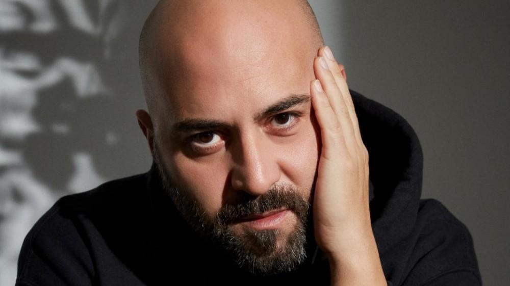 """Giuliano Sangiorgi in diretta a RTL 102.5:  """"Quando ho cambiato la pelle da figlio a padre, ho scritto il mio nuovo romanzo"""""""