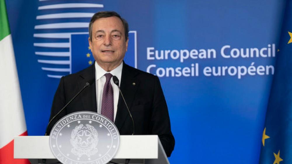 Governo, è avanti tutta sul green pass: il premier Draghi ascolta tutti ma non fa passi indietro