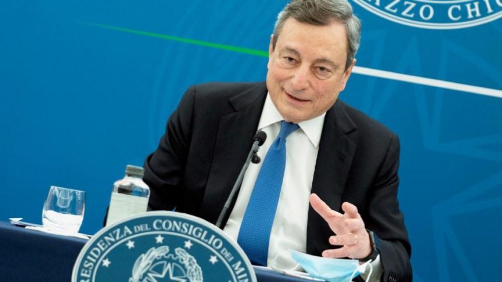 Governo, Draghi 'vede' la fine della pandemia e ringrazia i vaccini, mentre la Sicilia torna bianca