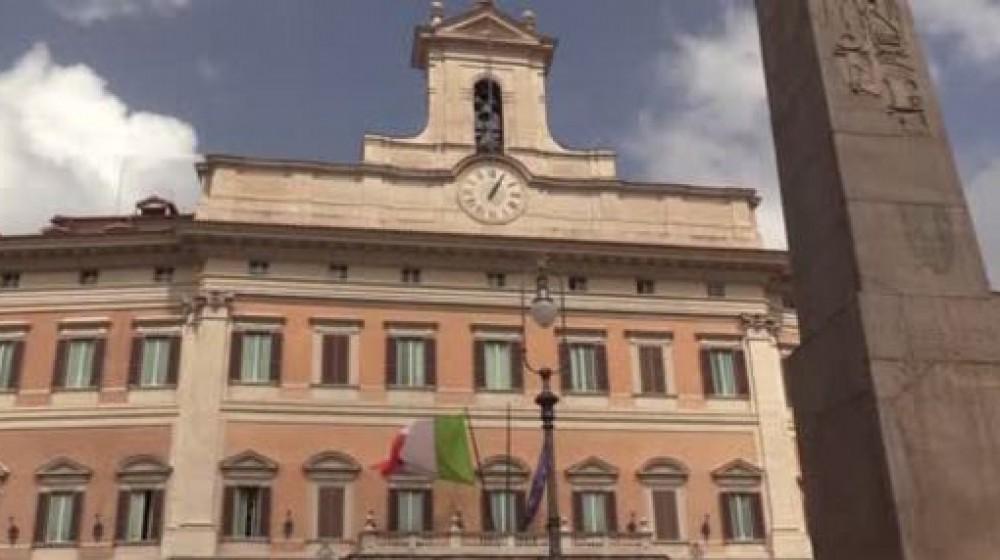 Governo, il Commissario Figliuolo stringe i tempi: da lunedì le prenotazioni in tutta Italia per le vaccinazioni degli over 50
