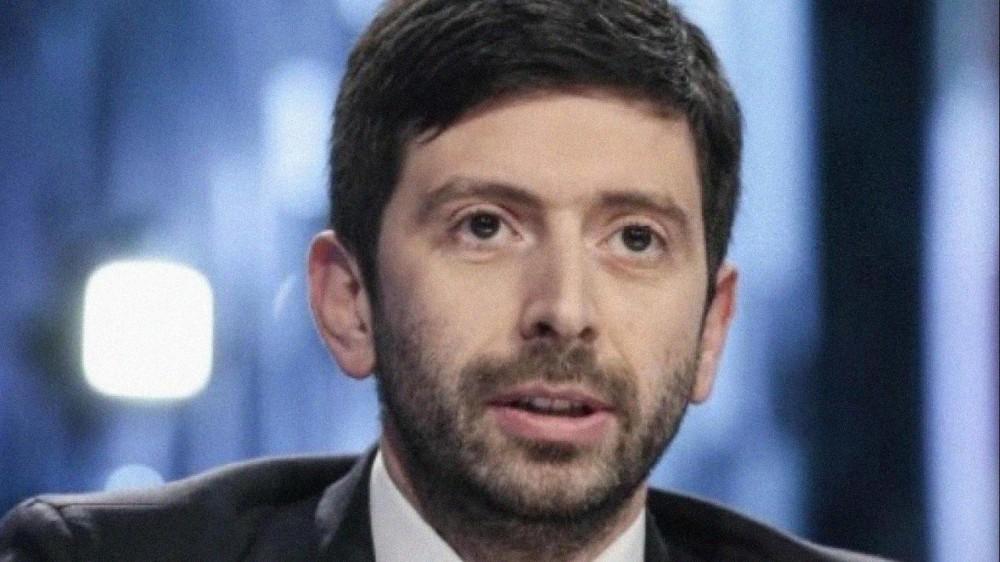 Governo, il ministro Speranza colora di giallo quasi tutta l'Italia, ma non si fermano le polemiche sulle riaperture
