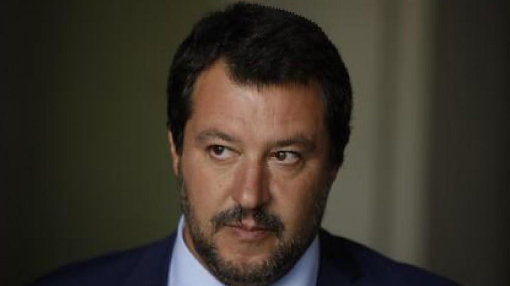 """Governo, sul green pass Salvini chiede modifiche: """"Baristi e camerieri non possono diventare poliziotti"""""""