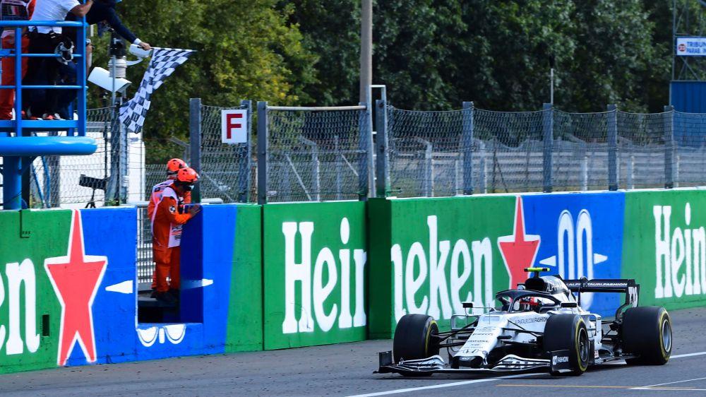 Pierre Gasly su AlphaTauri vince il Gran Premio d'Italia sulla pista di Monza