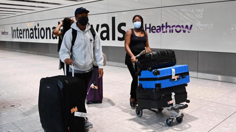 Gran Bretagna, scatta l'obbligo del passaporto per chi proviene dai Paesi Ue