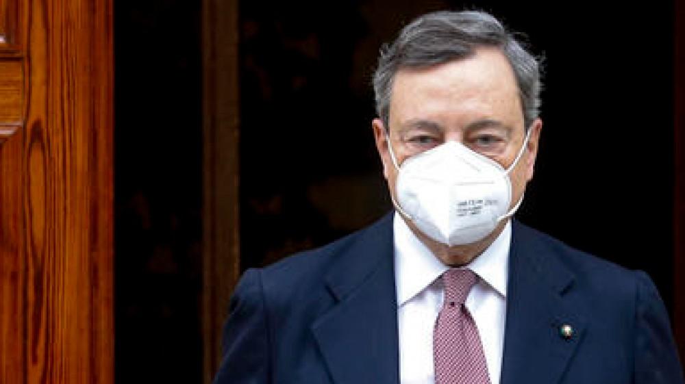 Green pass, è scontro fra Speranza e Salvini, il premier Draghi media: lunedì la cabina di regia