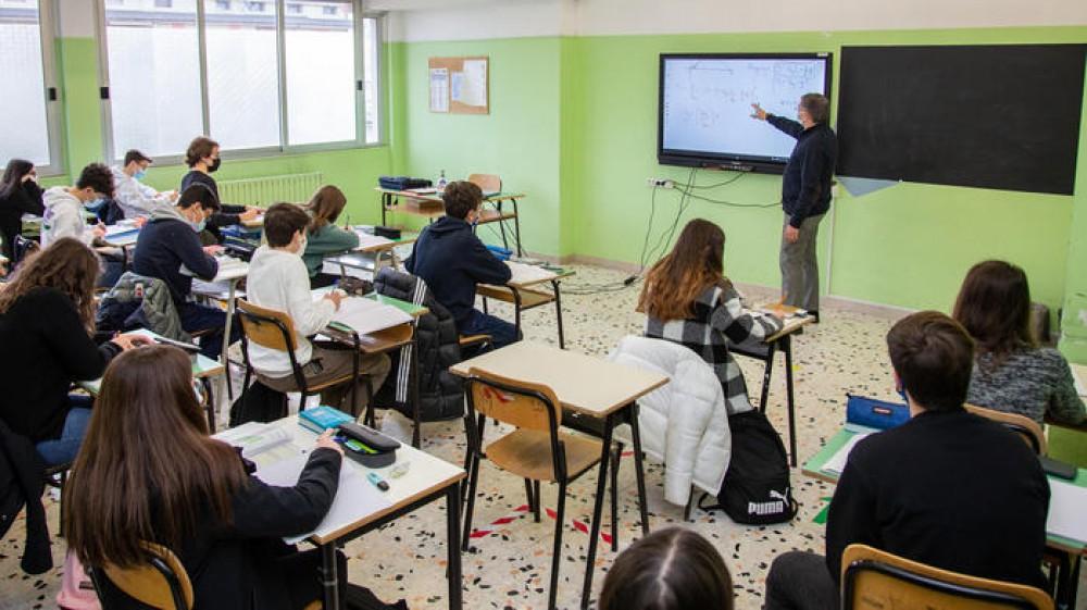 Green pass e scuola, spunta l'obbligo per i docenti e il personale scolastico