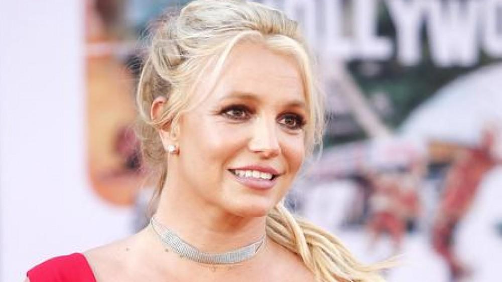 Il padre di Britney Spears ha presentato una richiesta formale per lasciare la custodia legale della figlia Britney