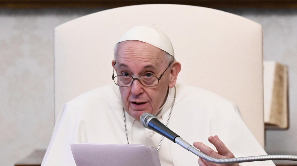 Il Papa vara una nuova legge anticorruzione, vietato ricevere regali dal valore superiore a 40 euro