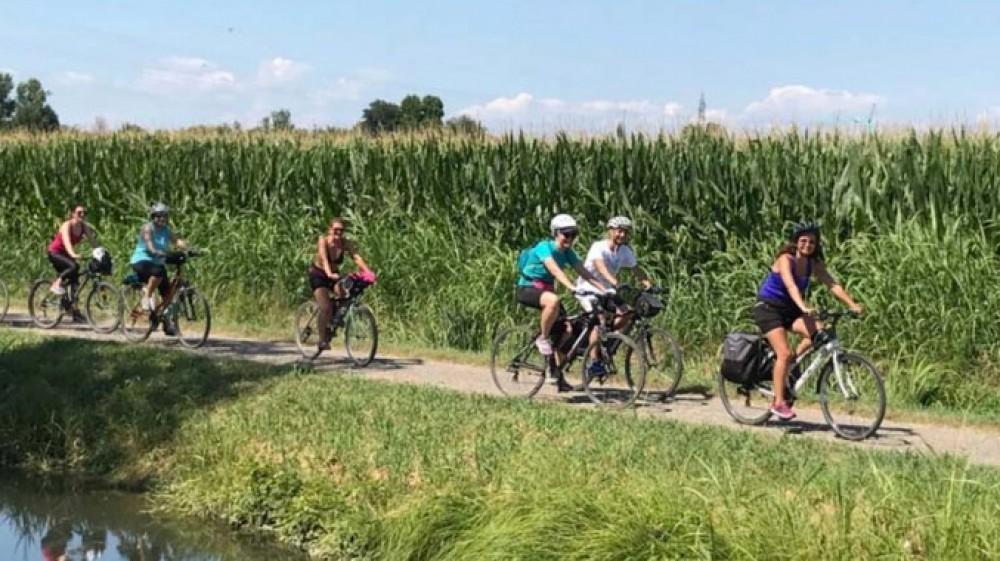 Il turismo in bicicletta, una vacanza alternativa, ma in Italia siamo solo agli inizi, le regioni si stanno attrezzando