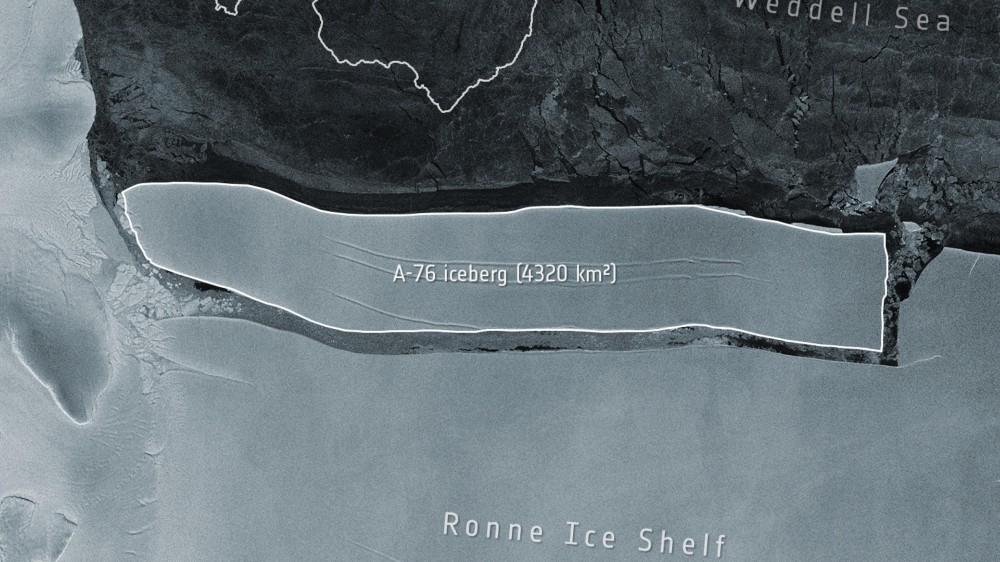 In Antartide si è staccato l'iceberg più grande del mondo, il blocco di ghiaccio ora vaga nel Mare di Weddell