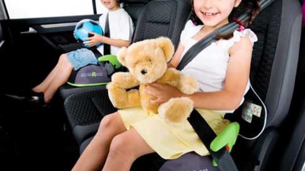 In auto con mamma e papà senza annoiarsi, piccolo vademecum dedicato ai più piccoli, per viaggi senza stress