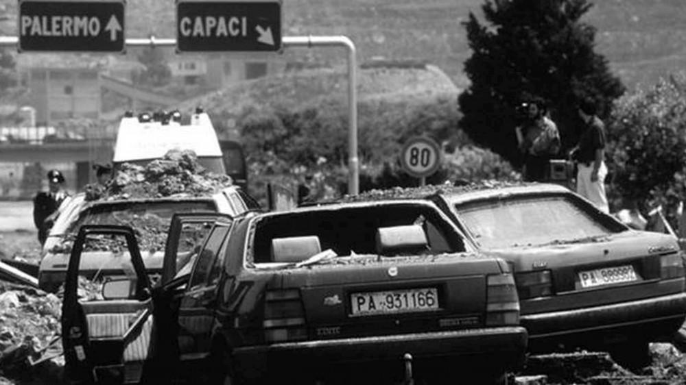 In tutta Italia si ricorda la Strage di Capaci, l'attentato e la morte del giudice Falcone, avvenuta il 23 maggio 1992
