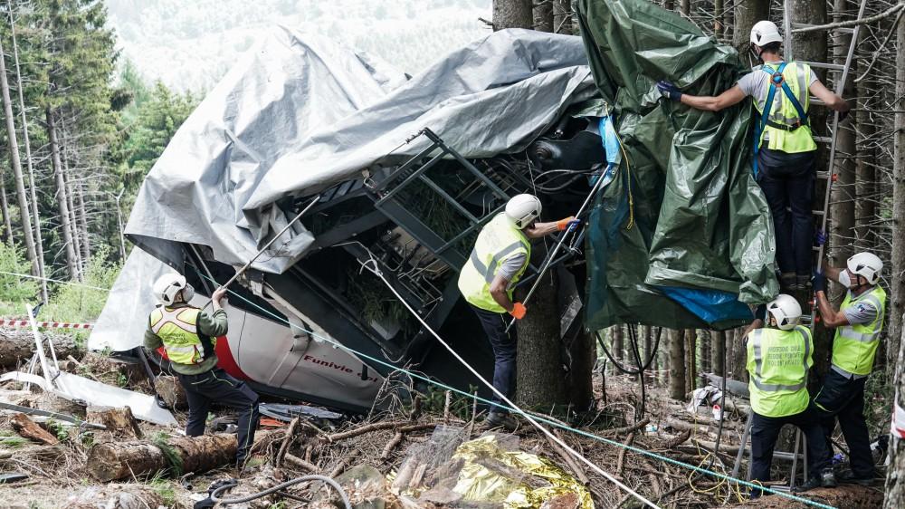 Incidente sulla funivia del Mottarone. Altri undici indagati nell'inchiesta per l'incidente probatorio.