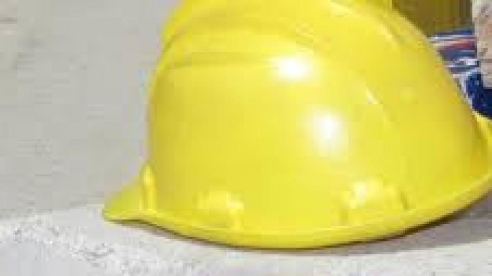 Incidenti sul lavoro, operaio 36enne muore dopo essere precipitato all'interno dell'azienda